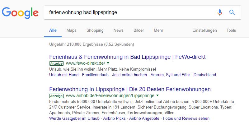 Suchmaschinenoptimierung. Google Suchergebnis Anzeigen. Paid Search